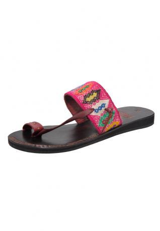 Flache Vintage Sandale aus Peru