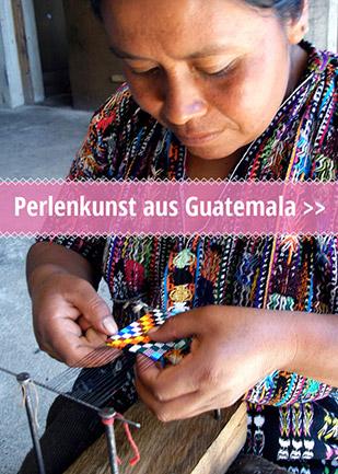 Perlenkunst aus Guatemala mit Handwerkerin bei der Arbeit